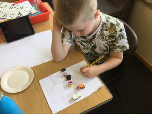 Year 6 become microbiologists/ taxonomists